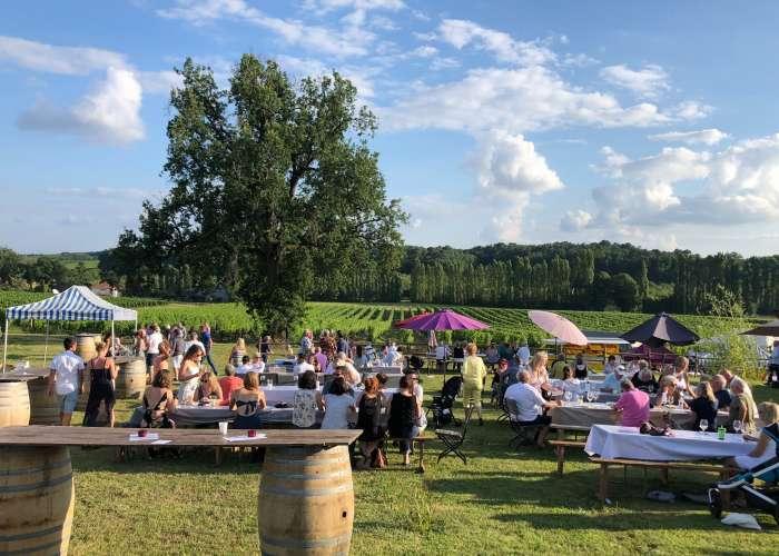 image de REPORTÉE Soirée vin, barbecue et musique dans les vignes au Domaine du Grand Mayne