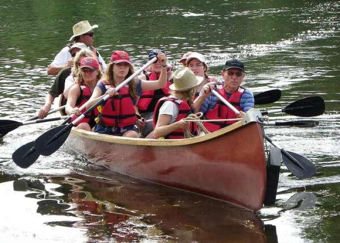 image de Balade au fil de l'eau en canoë Rabaska