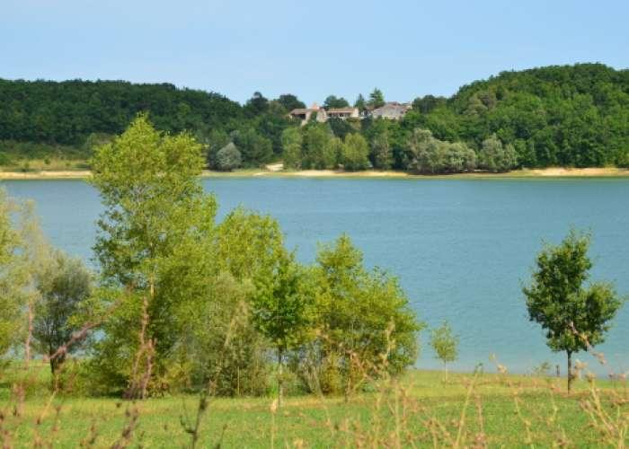 image de Autour des Lacs de l'Escourroux entre Lot-et-Garonne et Dordogne